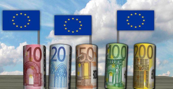 euros-299363_960_720